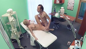Erotic fantasy unjust on cam between be passed on doctor and be passed on nurse